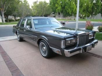 1986 Lincoln Town Car Signature Series Back In The 80 S I Was So
