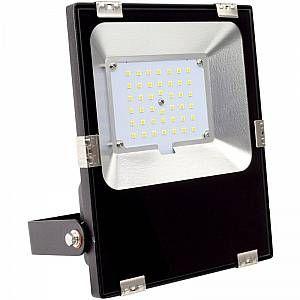 Projecteur LED 30W HE Slim PRO Blanc Froid 5700K - 6200K LEDKIA Luminaire  Eclairage d'extérieur  Projecteur d'extérieur  Projecteur seul LEDKIA, Le Projecteur LED 30W HE Slim PRO combine haute performance avec un design ultra mince. Caractéristiques du Projecteur LED 30W HE Slim PRO Équipé de LED puissantes Luxeon 3030, ce projecteur LED offre une
