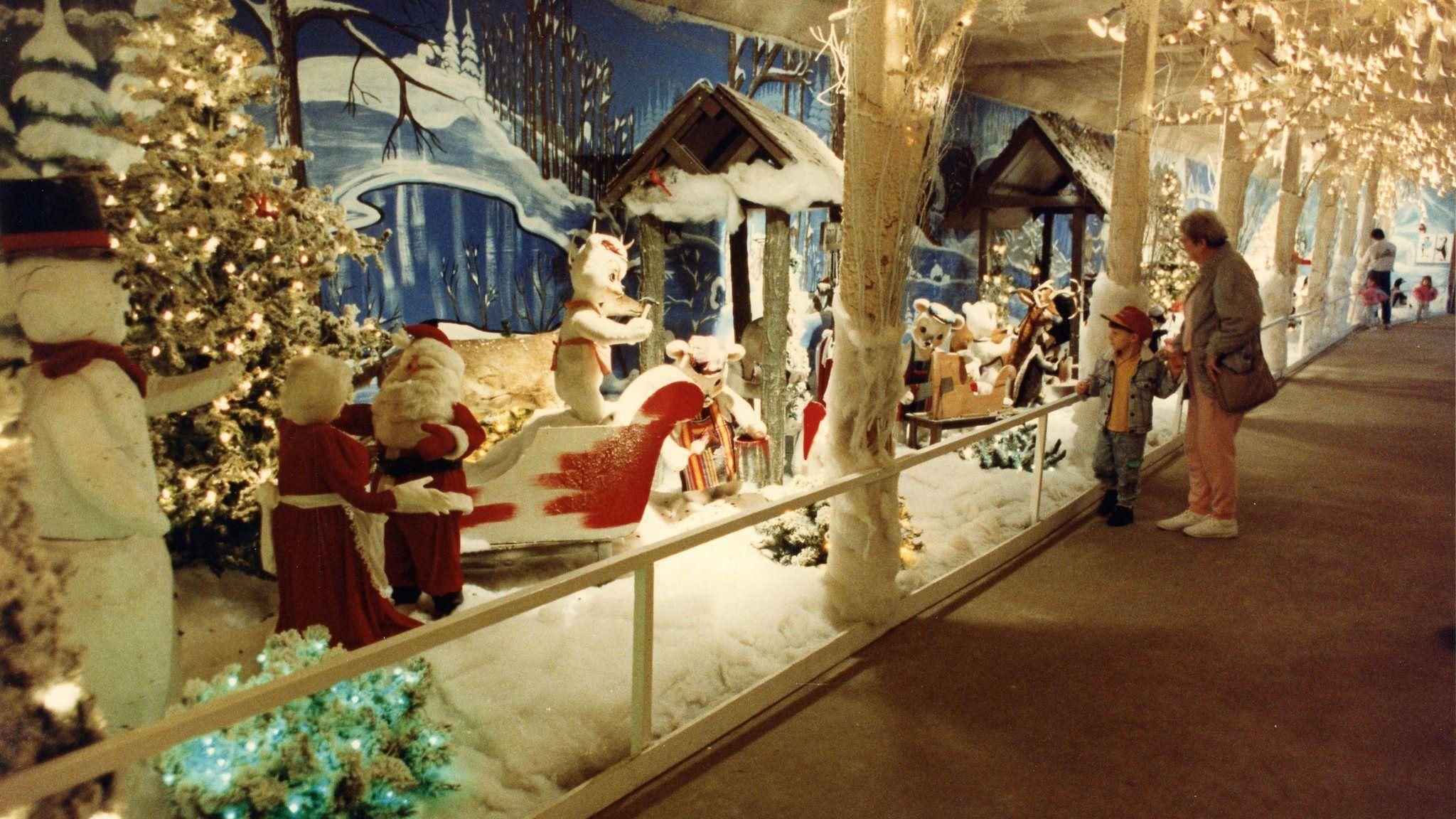 Colemans Nursery Christmas Display 2020 Pin by diane sandage on portsmouth Virginia | Christmas wonderland