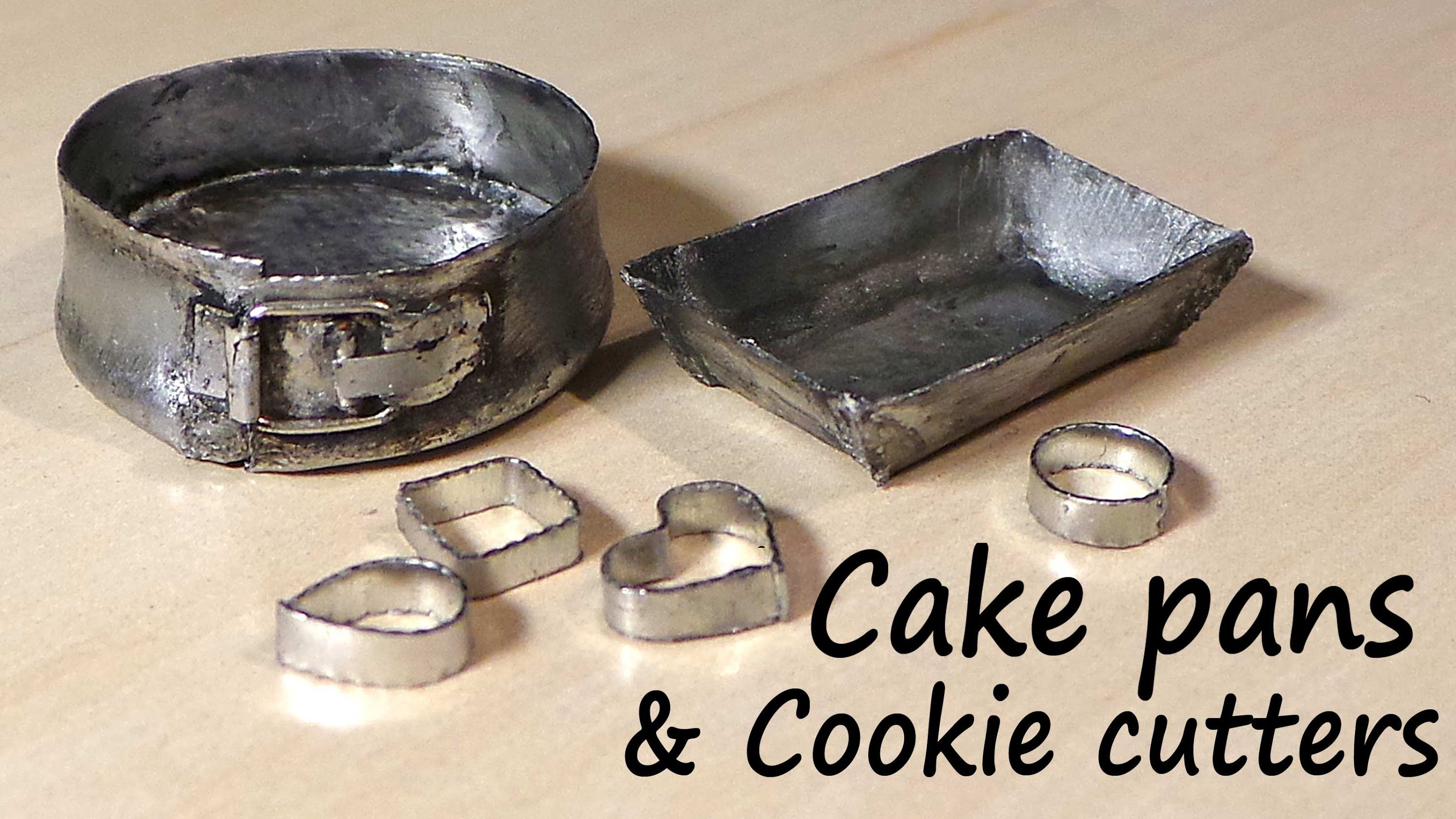 Miniature Kitchen Utensils; Cookie Cutters, Baking Tin & Springform Pan - Tutorial #dollhouseminiaturetutorials