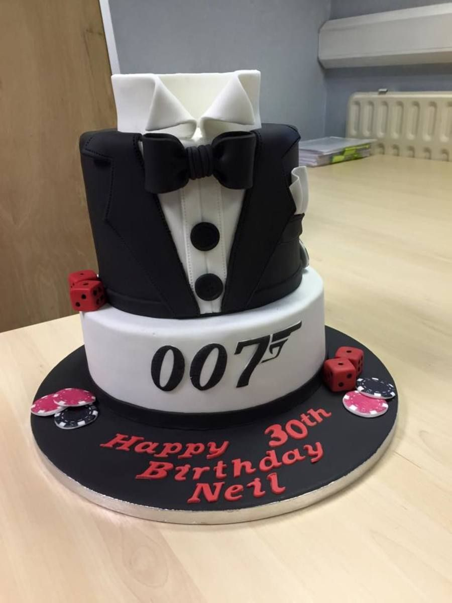 007 James Bond Cake Cakes In 2019 James Bond Cake