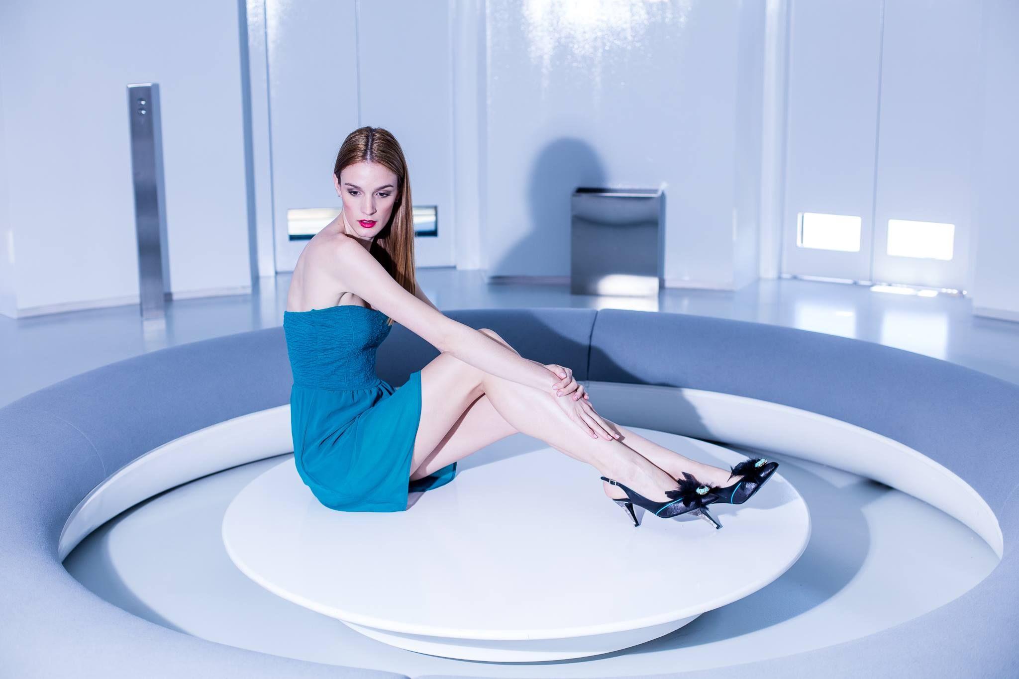 Situaciones Miss Garcia: El amor es sabiduría en los locos, y locura en los sabios. https://goo.gl/LeKuD2 #Cricket #LoveShoes #BestShoes #ICanFly #HandMade #LuxuryShoes #Liketkit #CoachBag #RedShoes #MarcaEspaña #MissGarcia #Envyration