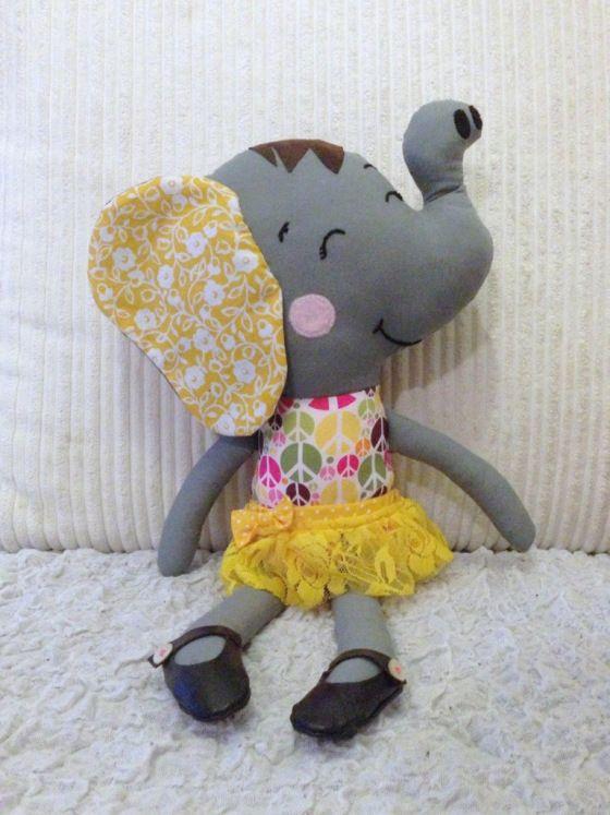 Ellie. | Kuscheltiere, Elefanten und Niedlich