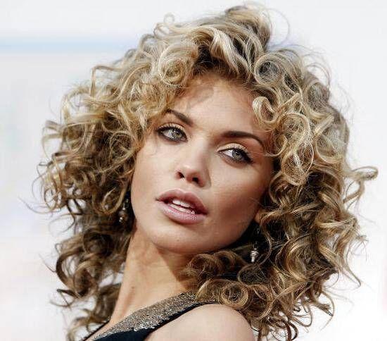 Tagli Di Capelli Per Valorizzare I Ricci Hairstyle Nel 2019
