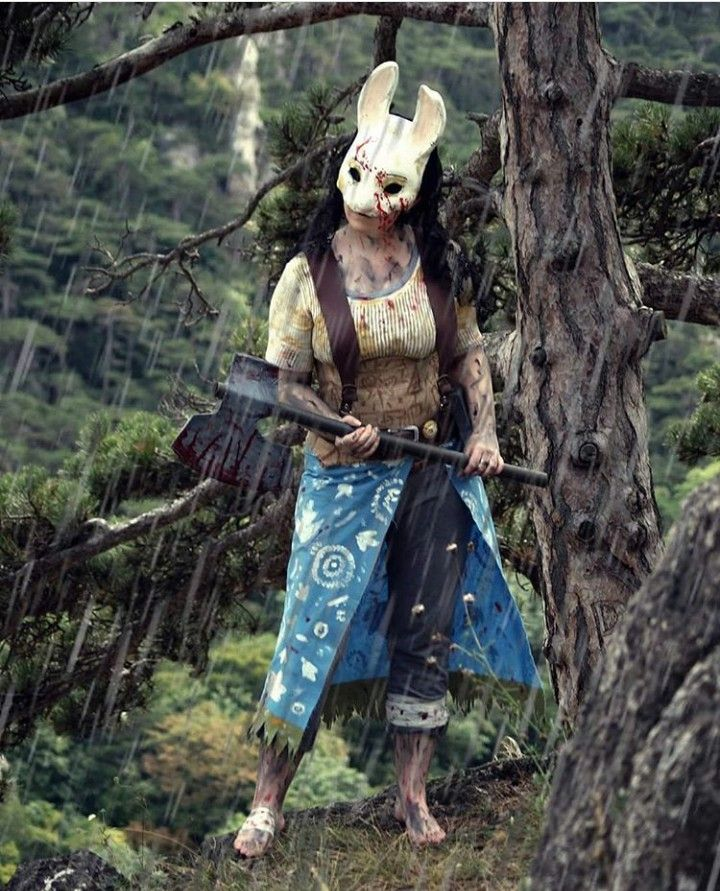 Here S An Amazing Huntress Cosplay Follow Her Ig Sandymisaki Huntress Cosplay Dark Fantasy Art Amazing Cosplay