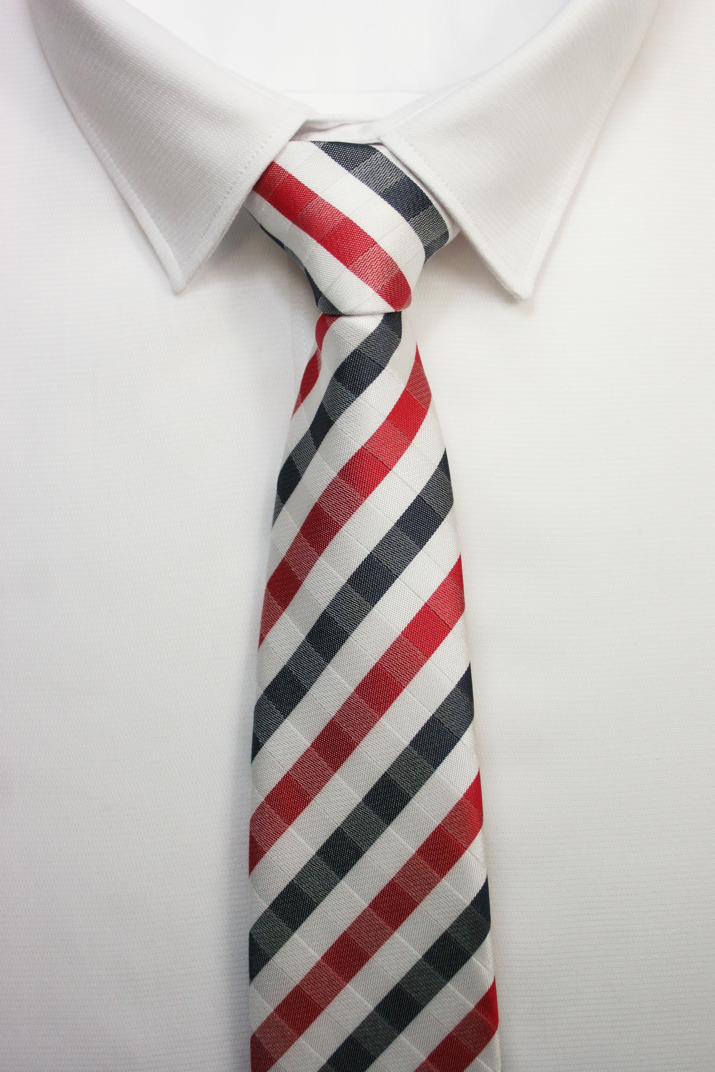 mejor valor nuevos productos para precio baratas Corbata cuadros rojos actuales | ropa formal | Corbatas ...