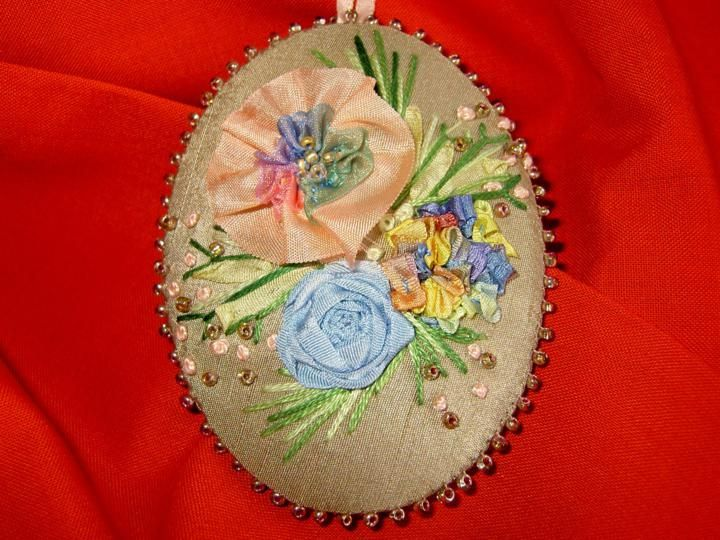 Silk Ribbon Embroidery | Workshops: Silk ribbon embroidery