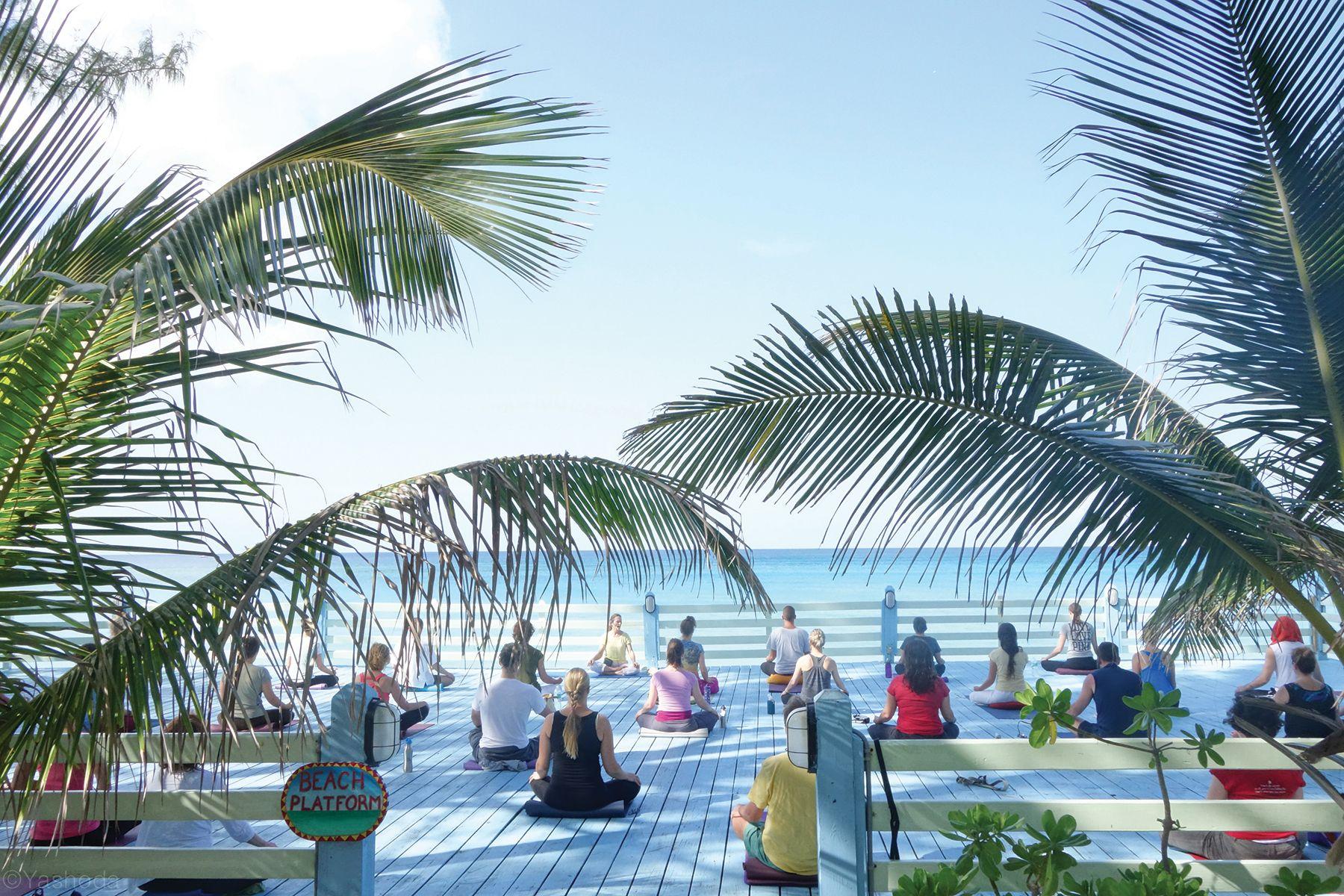 8 Yoga Retreats Under 1000 Yoga Retreat Wellness Retreats Detox Retreat