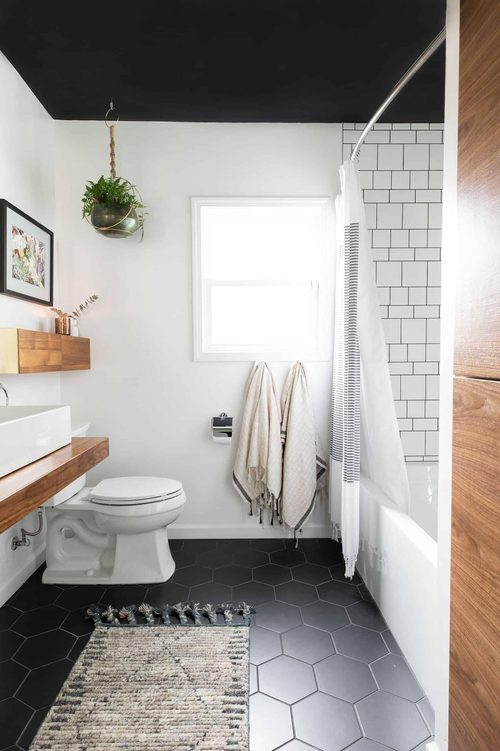 Top 28 Best Small Bathroom Ideas With Bathtubs For 2020 In 2020 Modern Contemporary Bathrooms Mid Century Modern Bathroom Bathroom Color Schemes