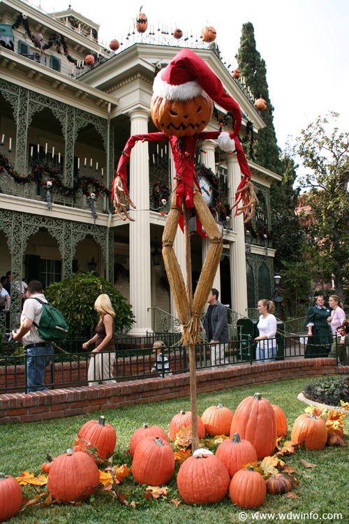 Disneyland at Christmas Haunted Mansion, Nightmare Before Christmas