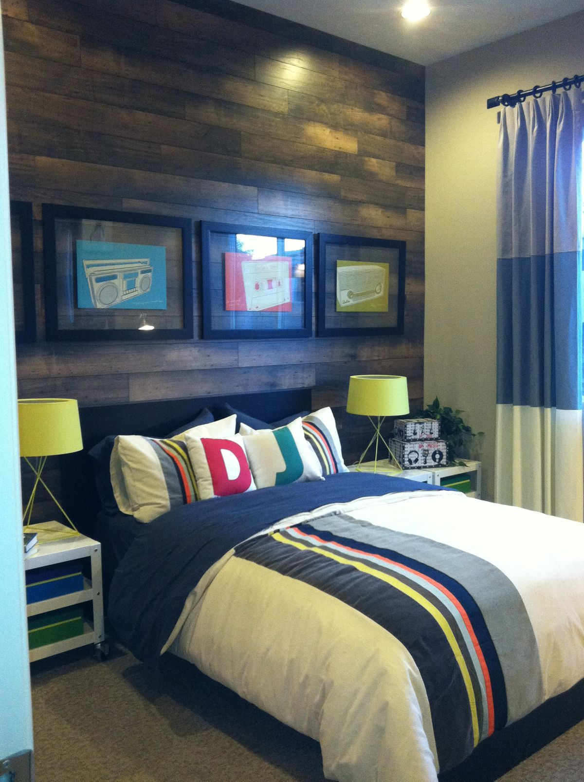 Get inspired to create a trendy bedroom for little boys ... on Cool Bedroom Ideas For Teenage Guys With Small Rooms  id=84817