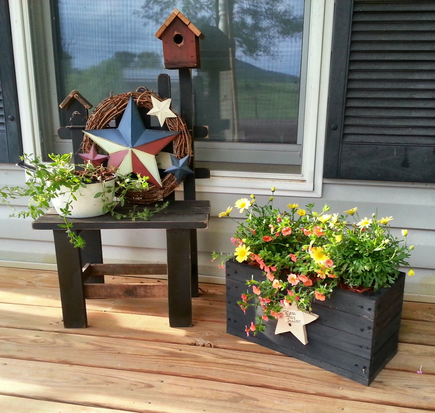 Back Porch Design Ideas: Spring Porch Decorating Ideas