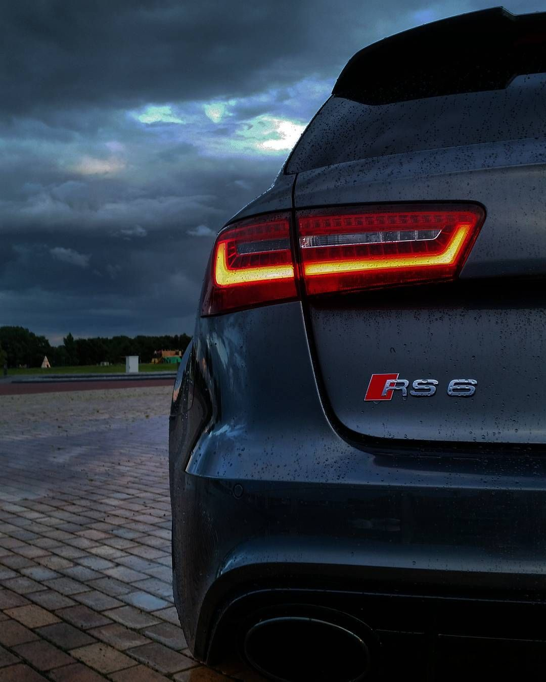 RS6 iPhone Background Smartphone Car Wallpapers