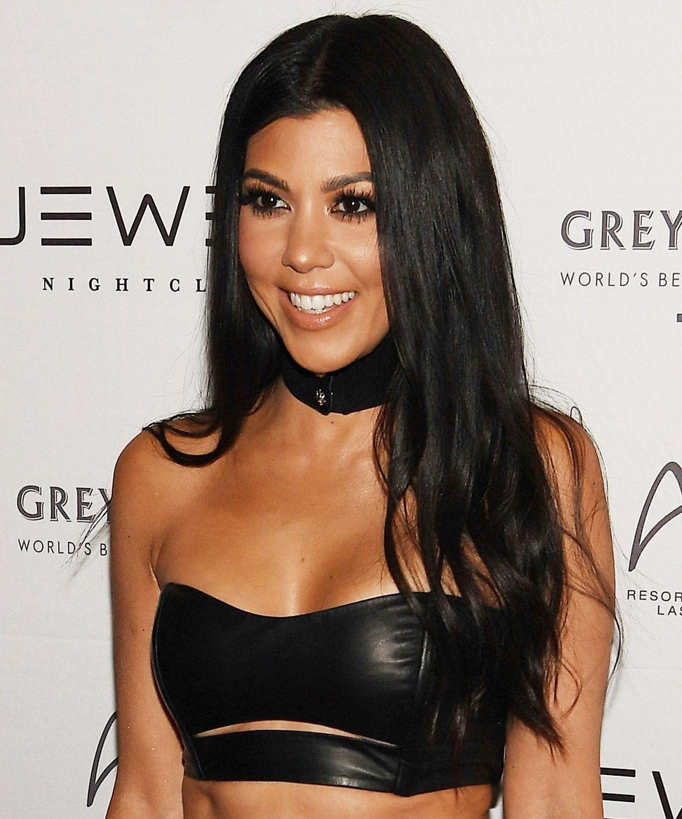 Kourtney Kardashian Serves Up Major Fitspo and Travel Envy in a