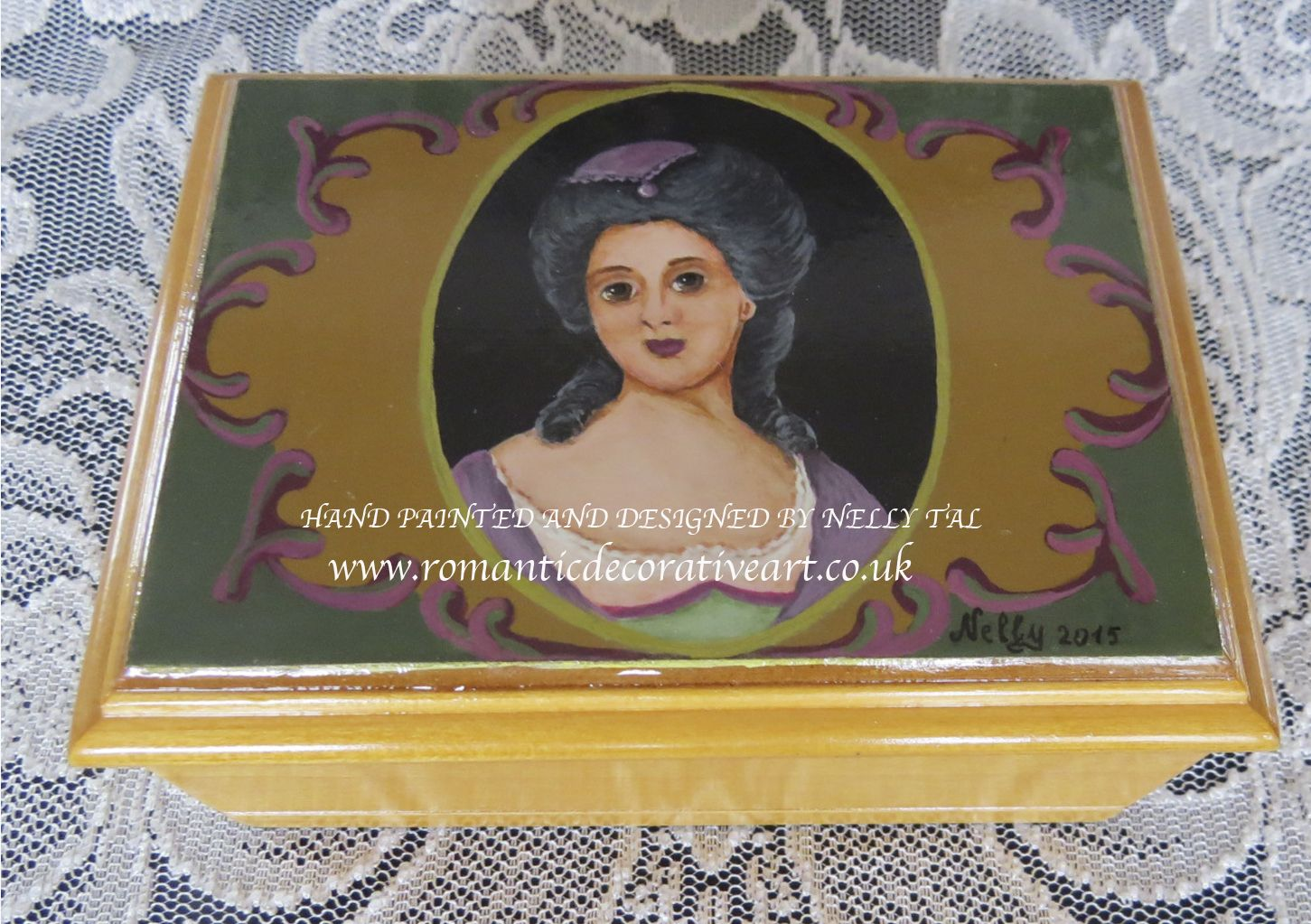Wooden box with a mirror – Rococo lady's miniature Hand painted Available at www.romanticdecorativeart.co.uk