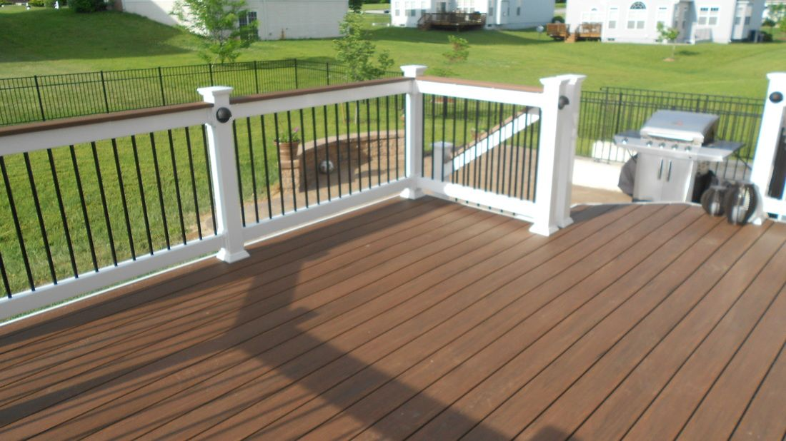 Azek Quot Mahogany Quot Vintage Collection Pvc Decking Patio