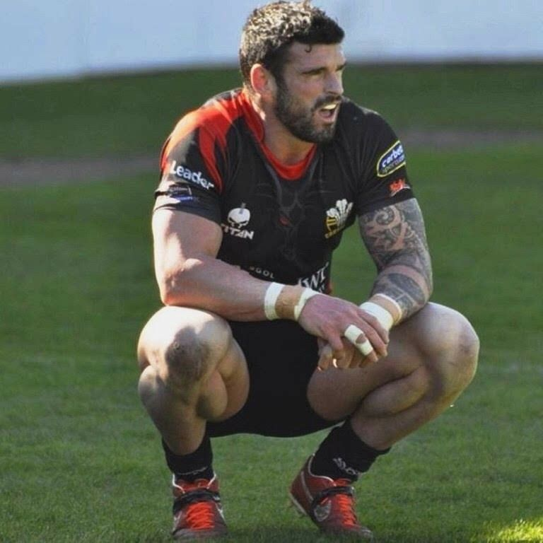 Pin By Sebas Pinart On Sports Rugby Rugby Men Stuart Reardon Rugby Players