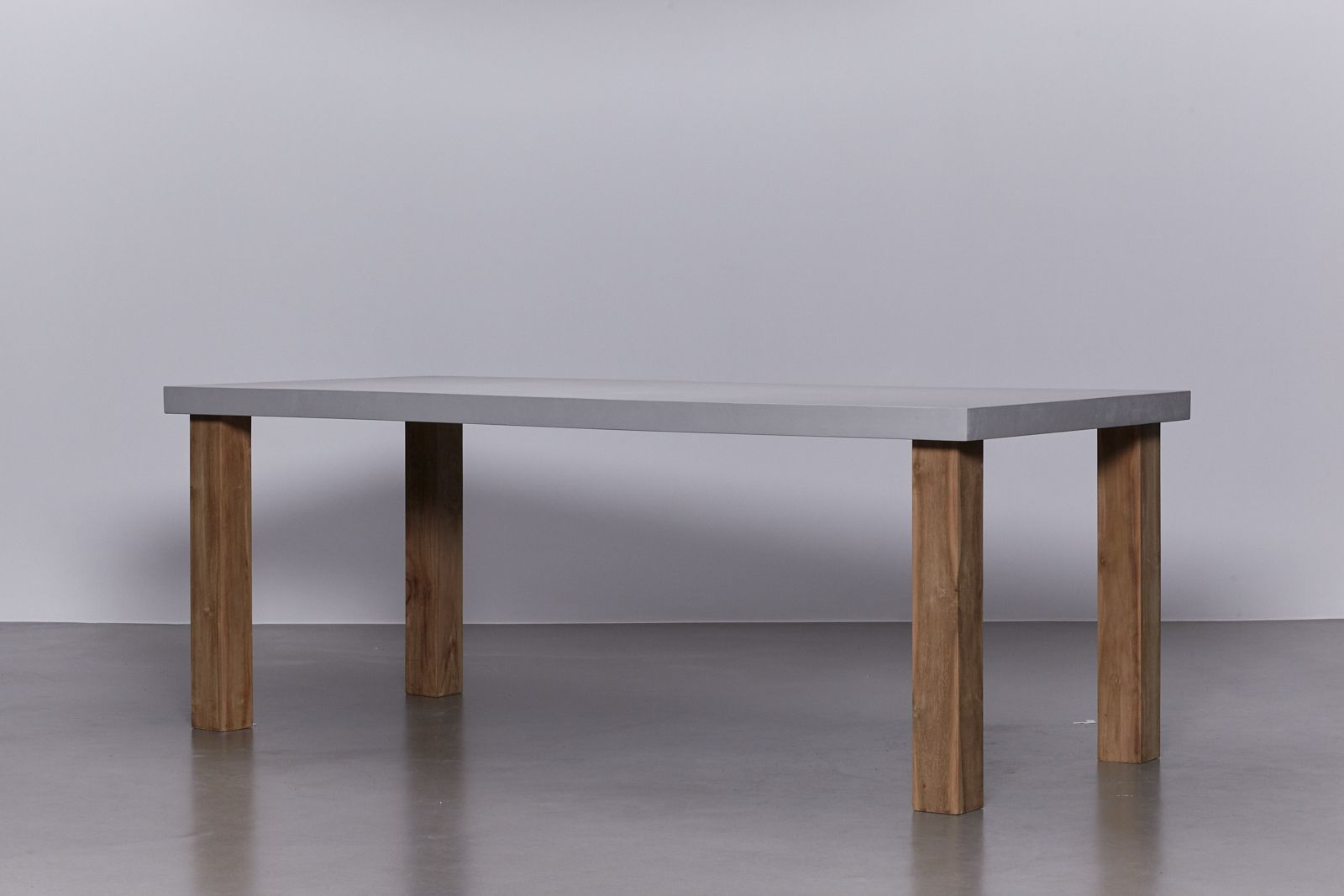 Betonlook tafel interieur