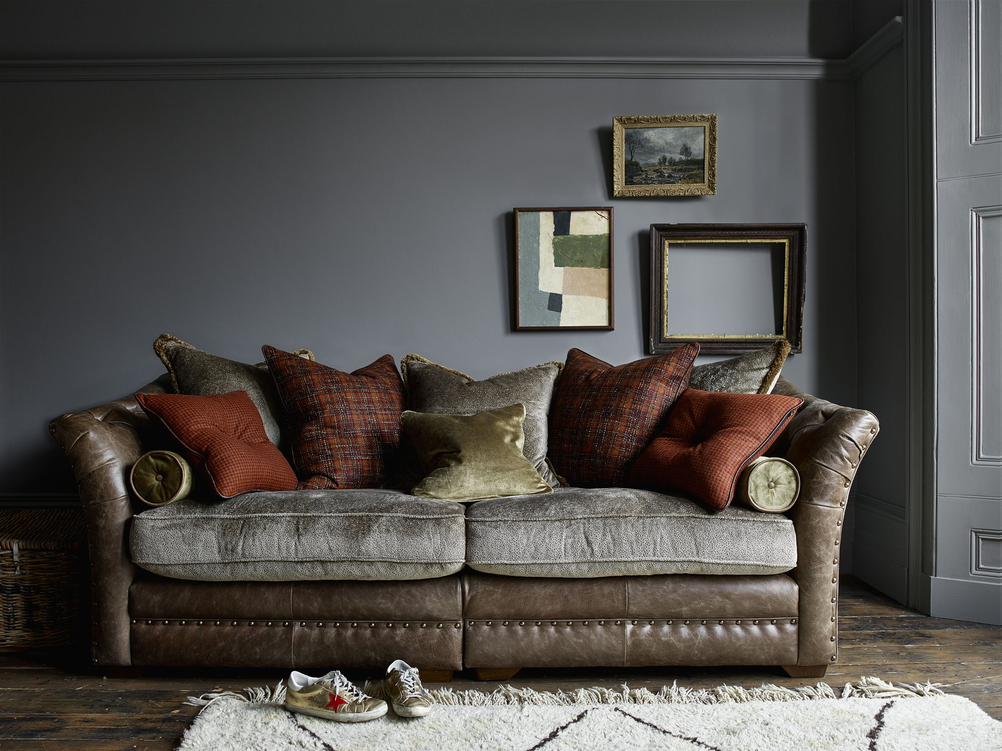 Alexander James Henderson Leather Velvet Sofa Snuggler Footstool Leathersofa Softvelvets Natur Comfortable Sofa British Sofa Sofa Design