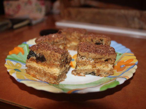 Prajitura cu stafide - Bucataria cu noroc