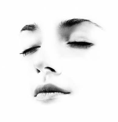 ૐ Learn to experience this one breath. It is unlike any other. That's where the stillness happens.