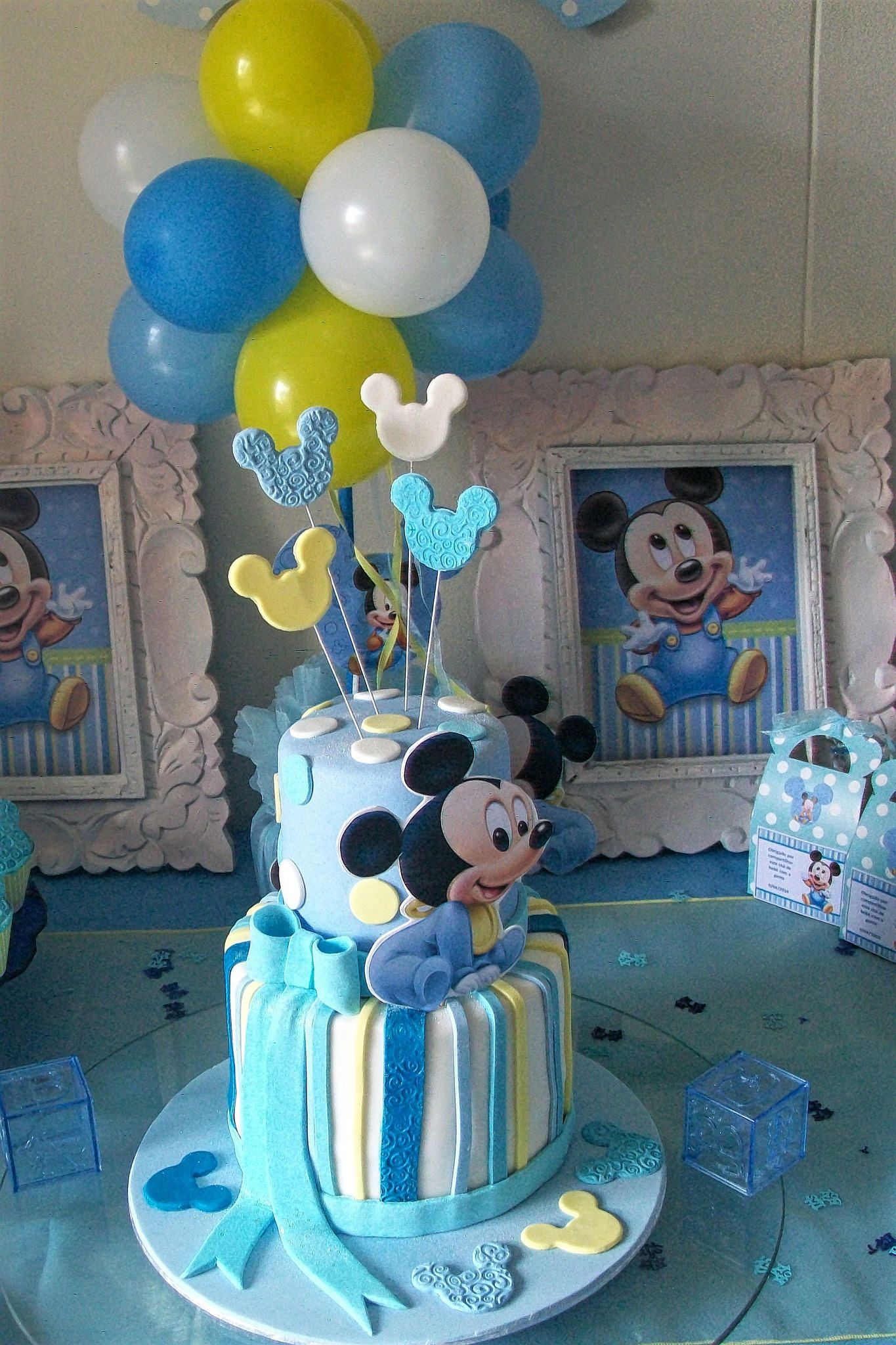 mickey mouse cake decorating video