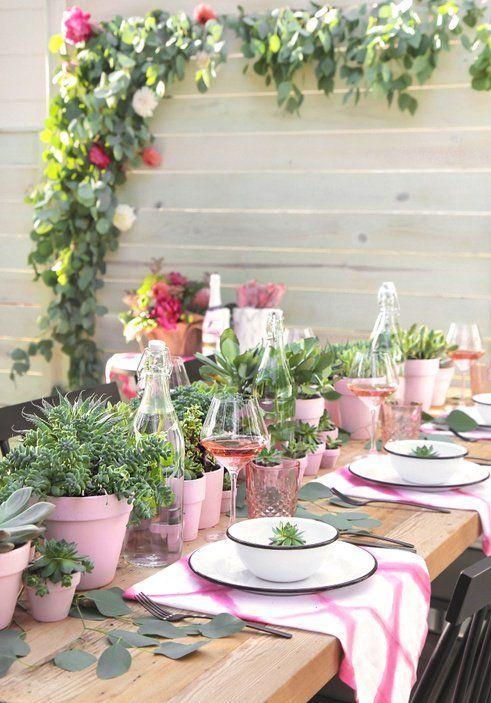 » DIY PARTY | Succulent Centerpiece + Berry Champagne Popsicles #champagnepopsicles » DIY PARTY | Succulent Centerpiece + Berry Champagne Popsicles #champagnepopsicles