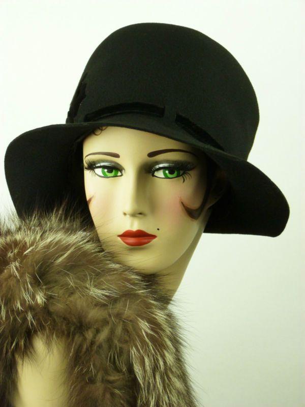 VINTAGE HAT 1930s BLACK FELT CLOCHE  9e173543ad5