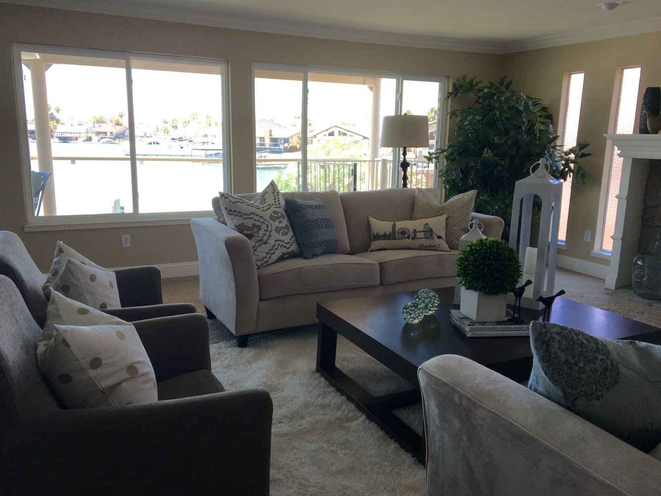 Staging, Sunnies, Role Play. Find This Pin And More On Sunny And Chair ...