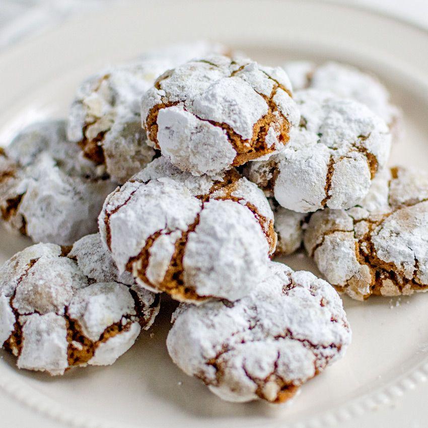 Gingerbread Crinkle Cookies