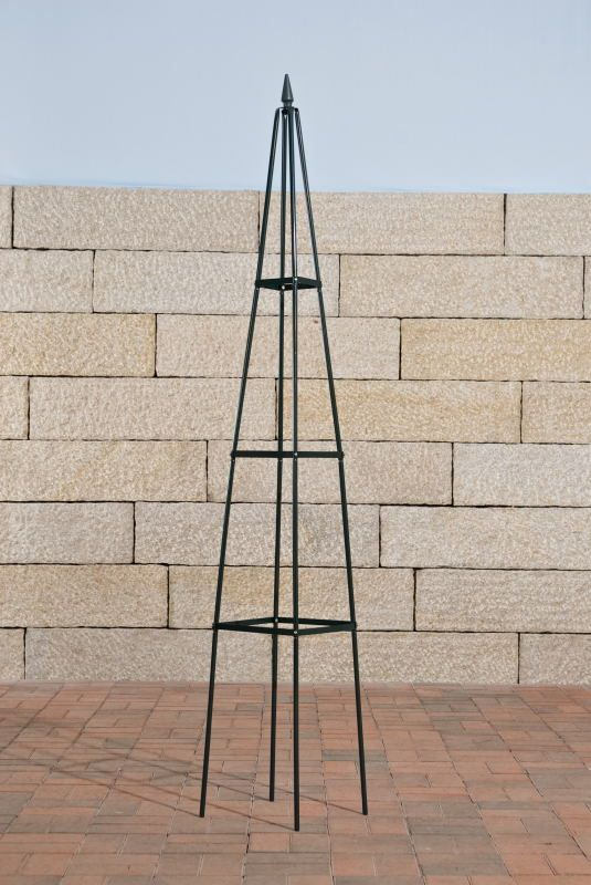 rosens ule rankgitter pyramide metall dunkelgr n my. Black Bedroom Furniture Sets. Home Design Ideas
