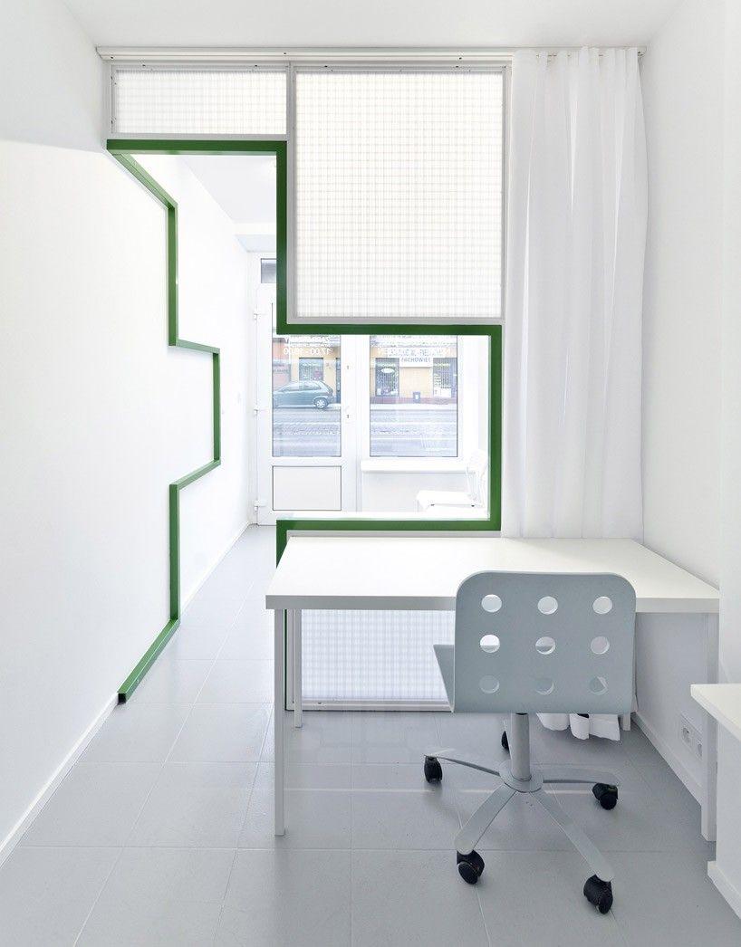 Study Room Glass: Adam Wiercinski Models Interior For 10m2 Dentprotetyka