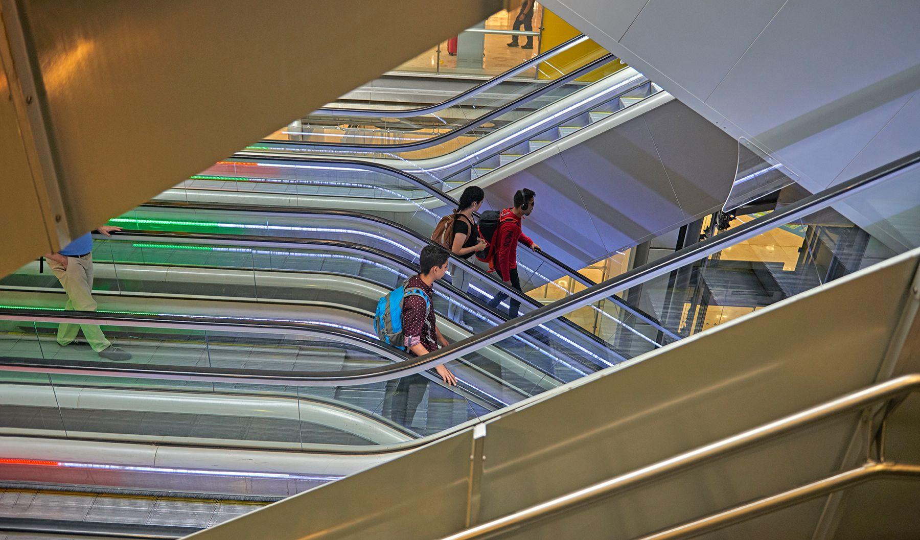 Aeropuertos 23 -las escaleras-