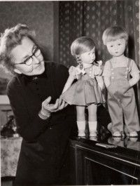 """Käthe Kruse,(17.09.1983), a German dollmaker and one of the world's most famous members of her profession. To this day, her original dolls remain very popular and fetch high prices from collectors. """"...She started with an exact idea in her mind: the doll should be warm, soft and also a little bit heavy to carry - a doll her daughter could hug and cuddle, and care for. She took a soft towel, filled it with sand and finally took a potato as a head. The first doll was born!..."""""""