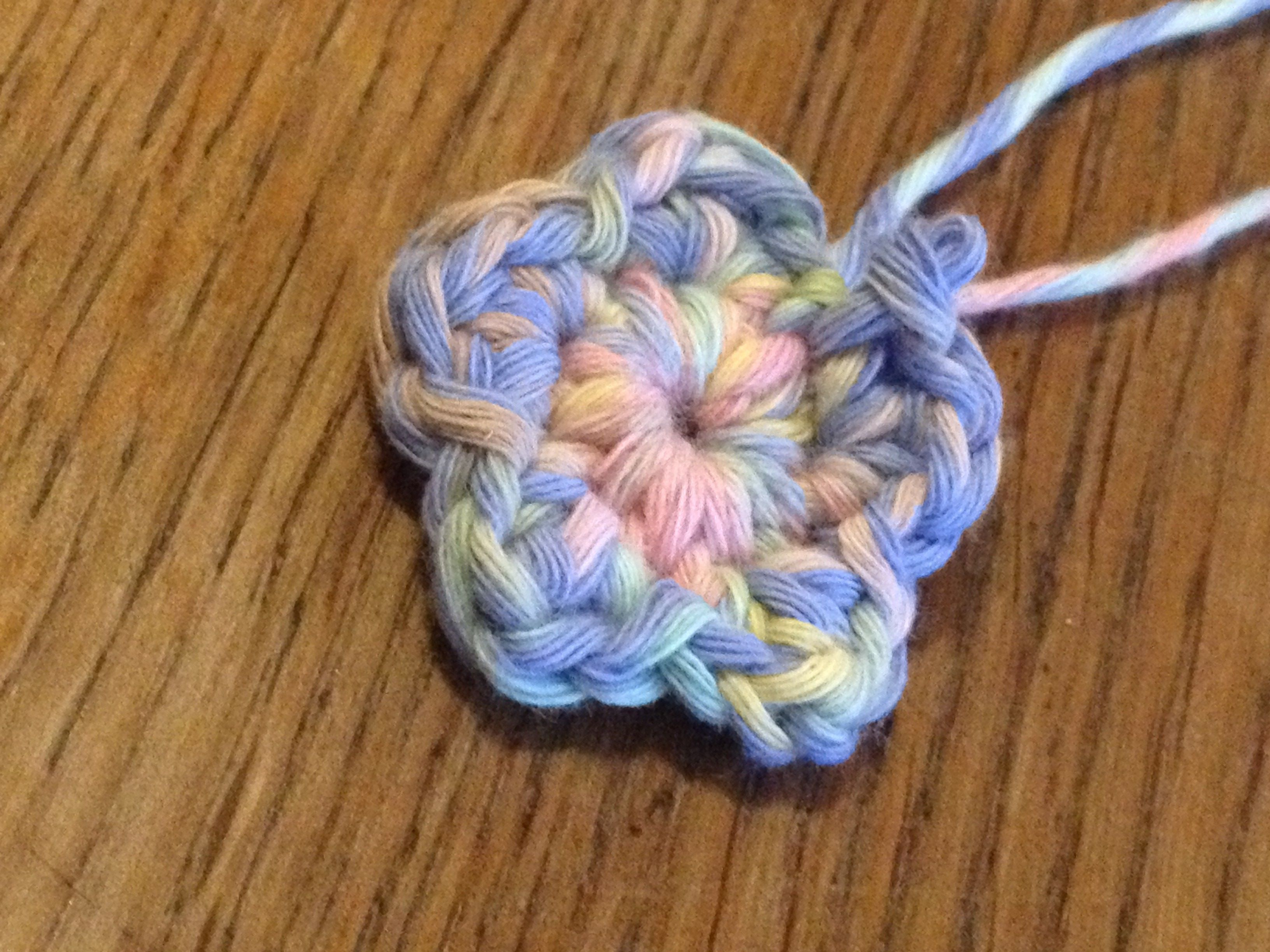 Kleine Blume Häkeln Häkelanleitungen Baby Pinterest