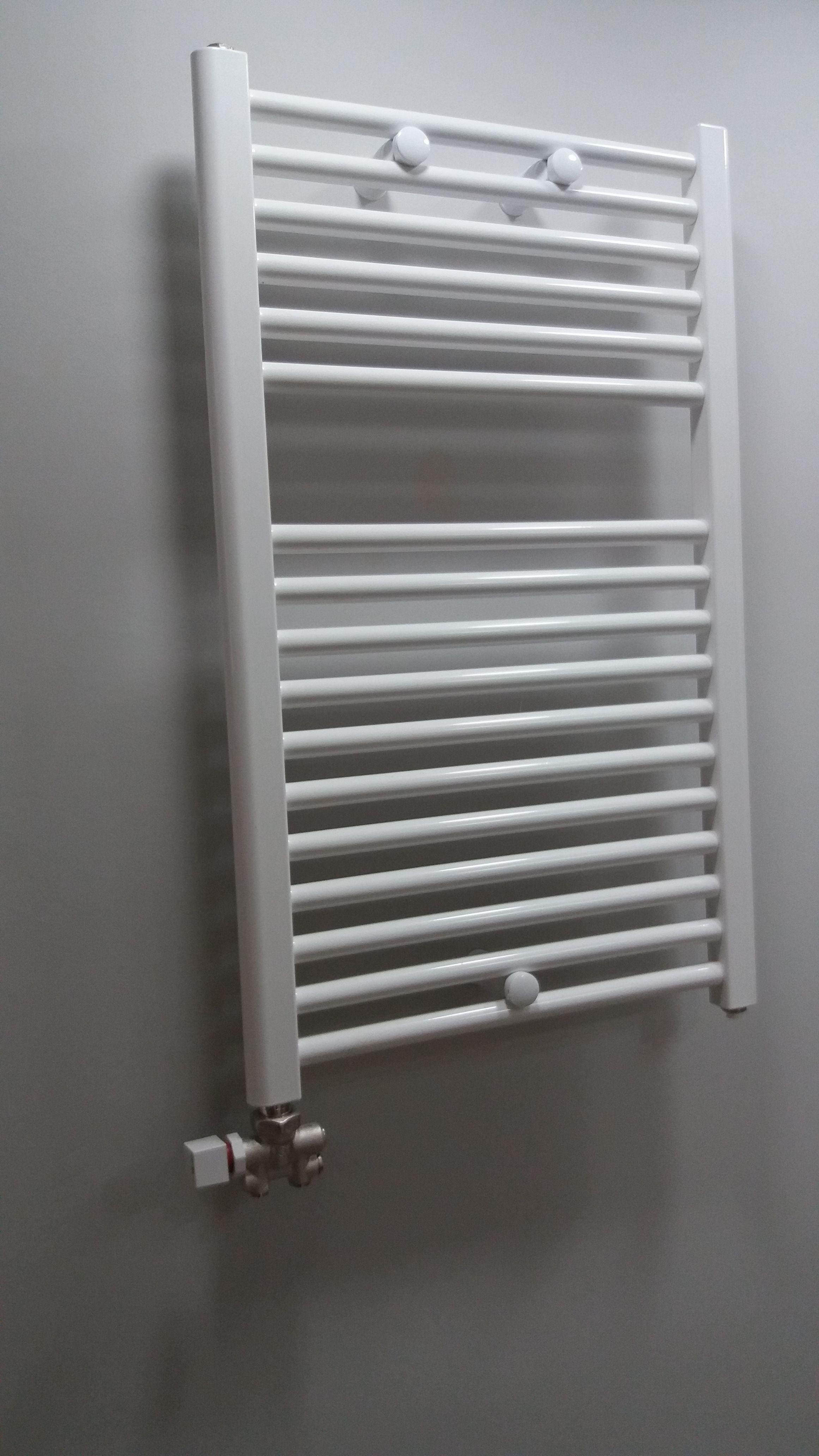 Radiador toallero baño en 2019 | Radiador toallero, Baños ...