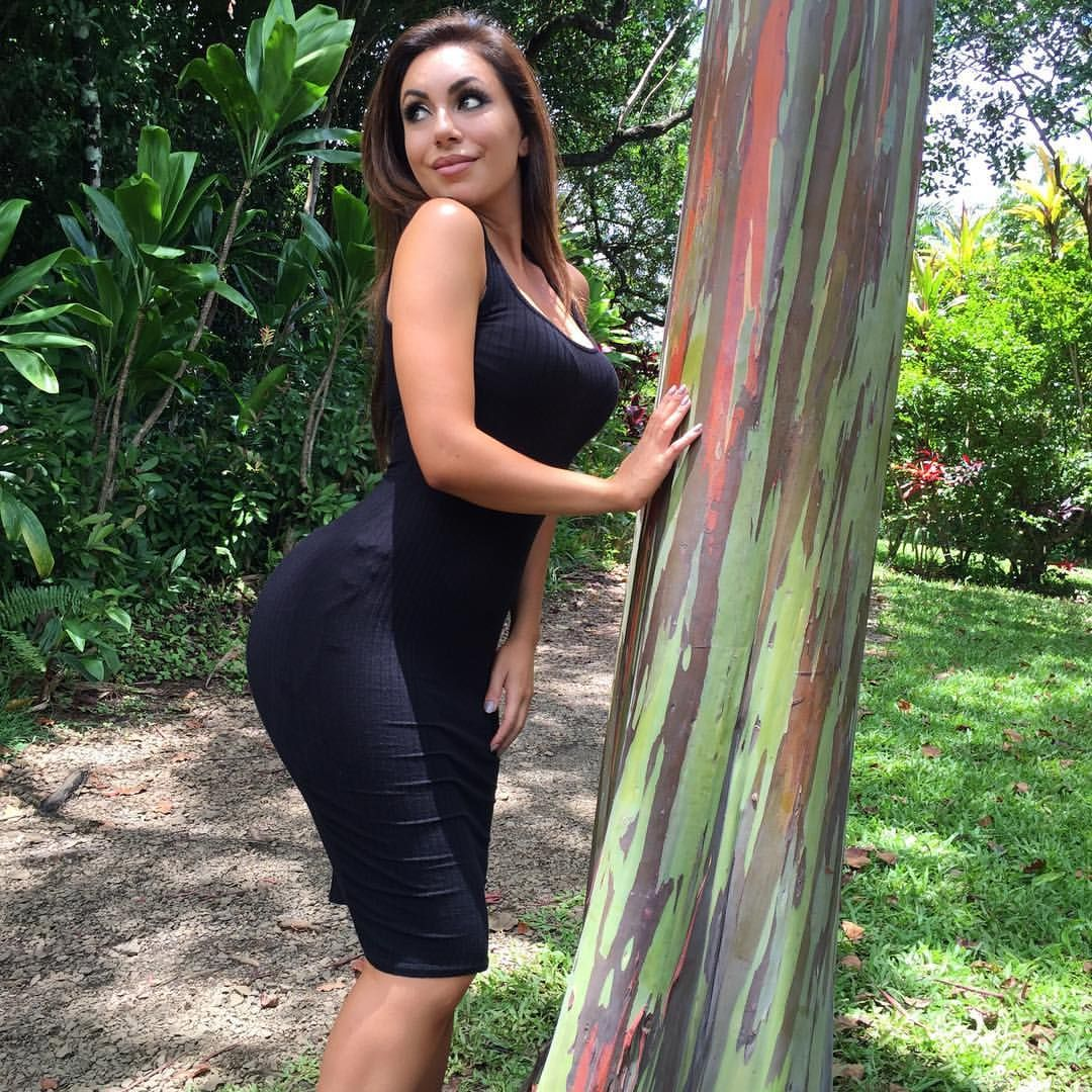 Watch Uldouz wallaces leaked blowjob pictures right video
