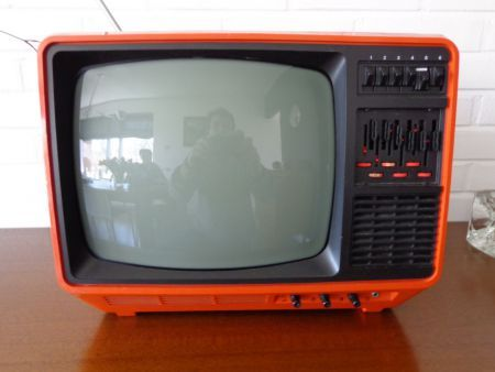 Aristona Draagbare Tv 70