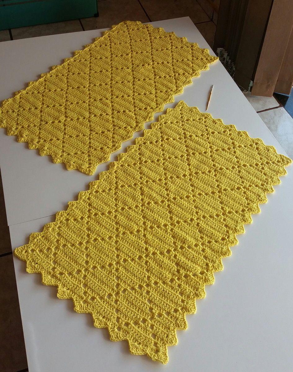 83e3f45816 Tapete de Crochê Quadrado (Jogo com 2 peças) no Elo7