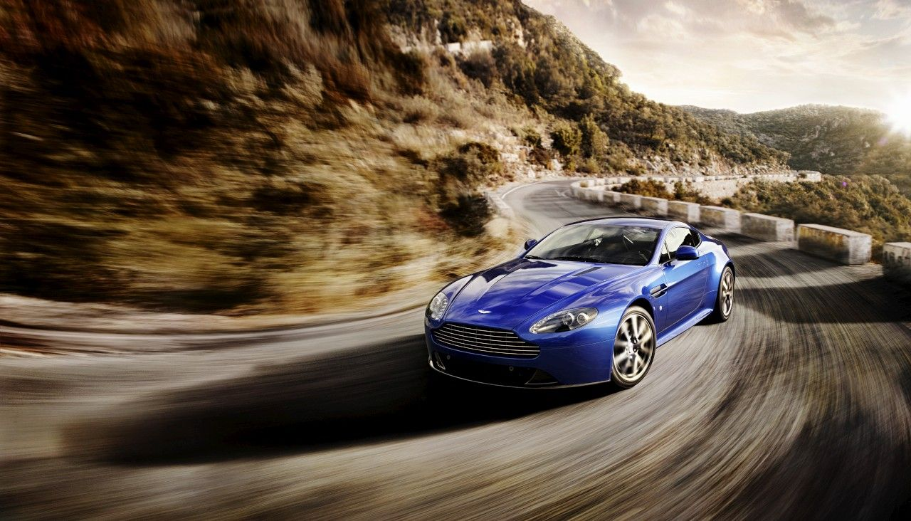2011 Aston Martin V8 Vantage S Aston Martin Reisen Gentleman