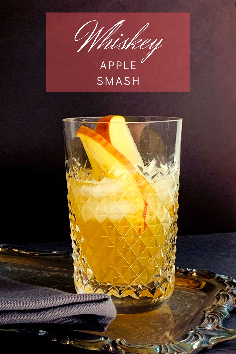 Photo of This whiskey apple smash is the perfect way to enjoy a crisp sweet apple taste…..