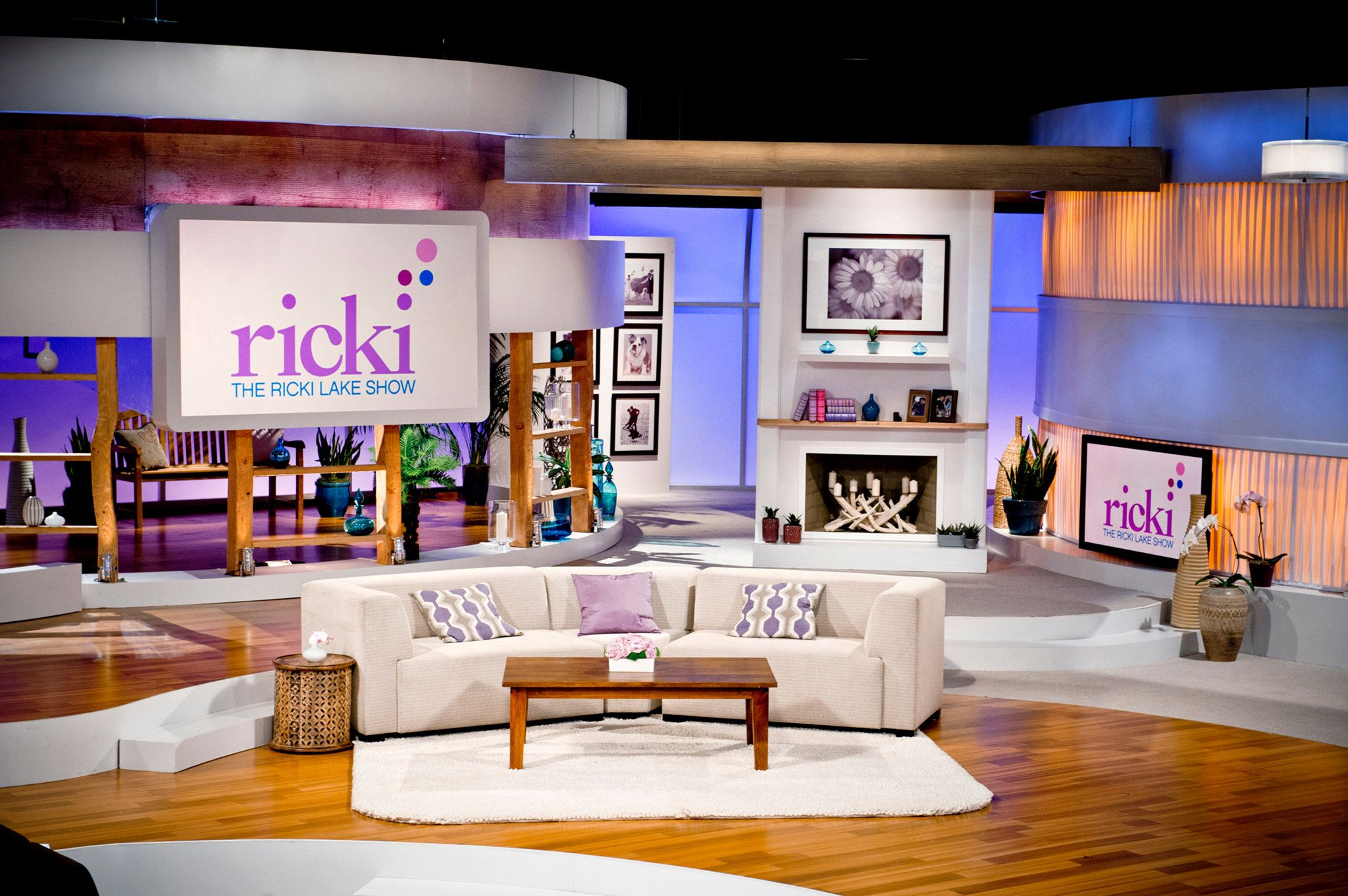 talk show stage design بحث Google Tv set design, Set