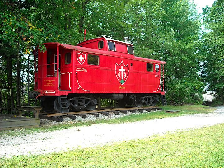 the caboose ohio pinterest train travel locomotive and scenery. Black Bedroom Furniture Sets. Home Design Ideas
