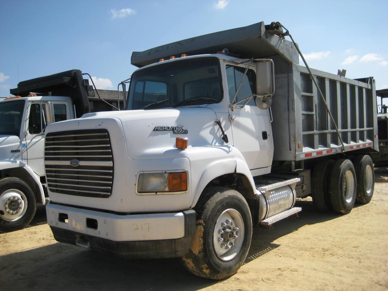 medium resolution of 1995 ford l9000 dump truck heavyhauling