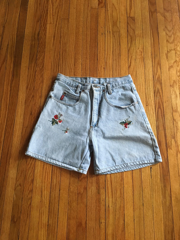 Vintage high waist Strawberry Short Shorts