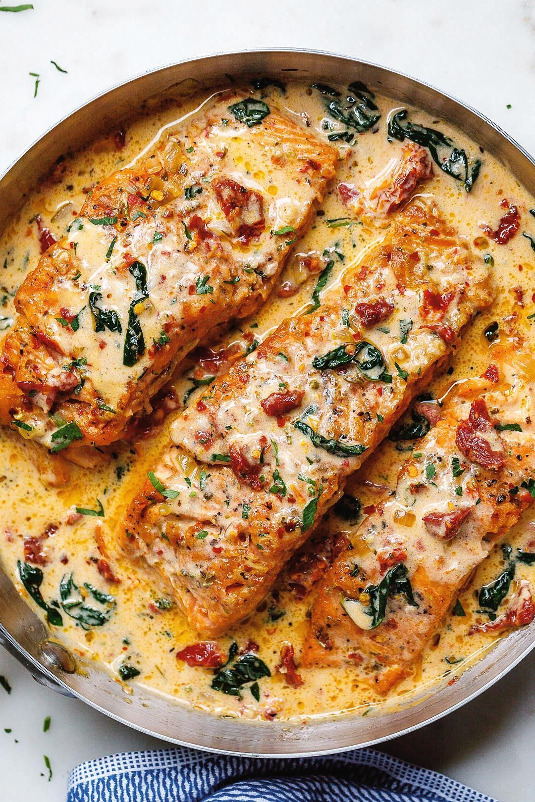 Creamy Tuscan garlic salmon with spinach and sun-dried tomatoes - #salmon #Reci ... - #creamy #dried #garlic #salmon #spinach #tomatoes #tuscan - #new
