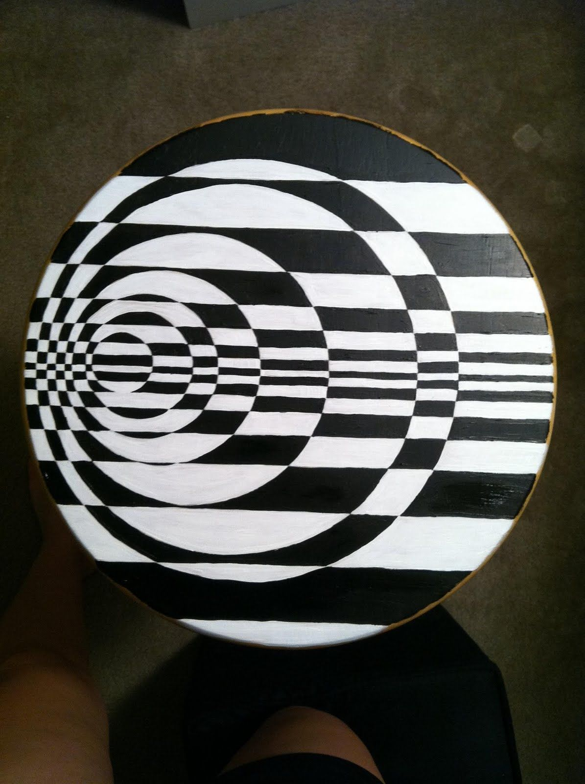 D I Y Op Art Stools A Guest How To Guide With Images