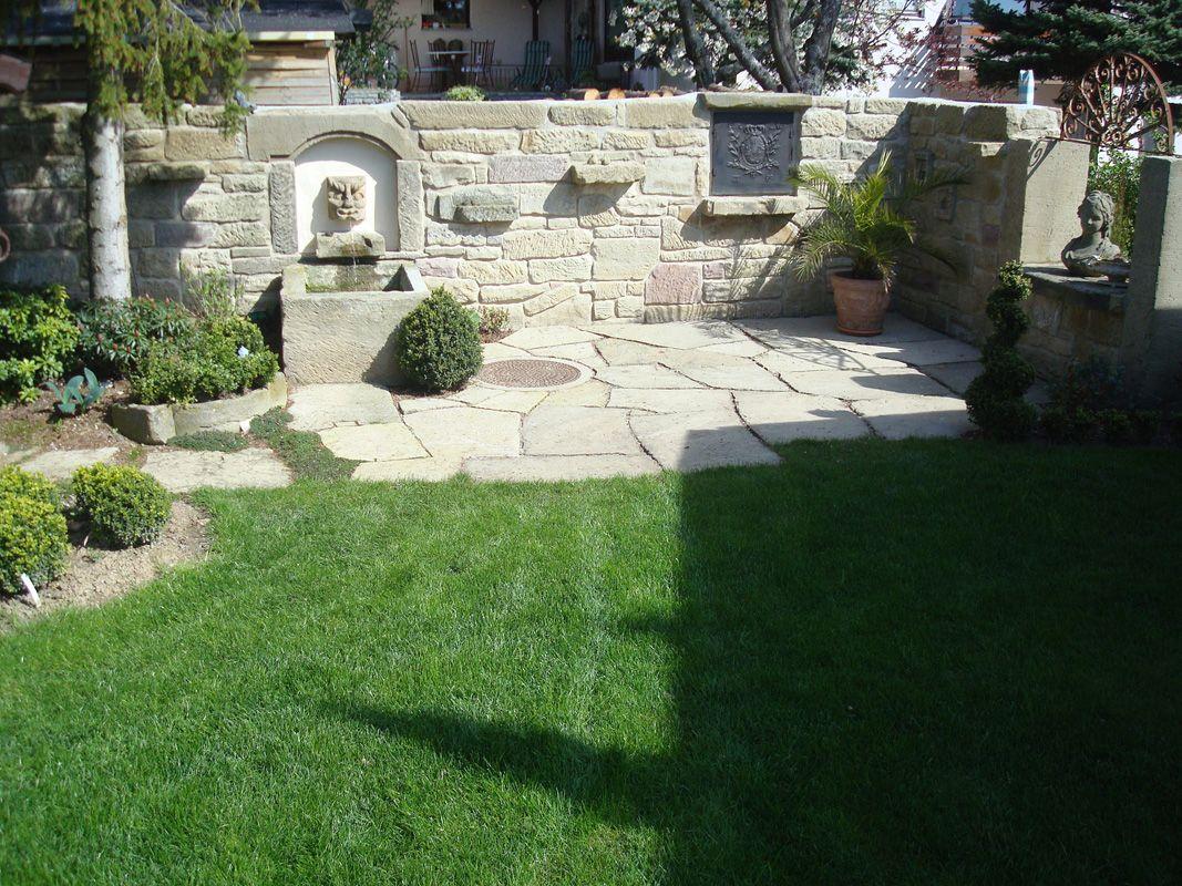 Wohnr ume im garten r e hiller garten und landschaftsbau - Backsteinmauer im garten ...