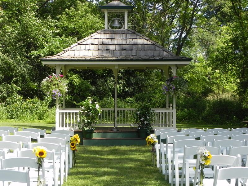 Orchards in Minnetonka that is a wedding