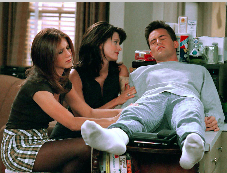 Friends ~ Episode Pics ~ Season 3, Episode 4 ~ The One with